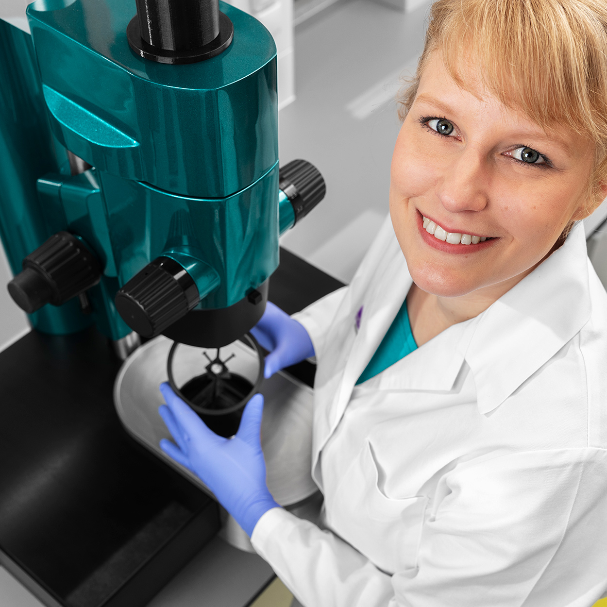Service contracts for the UltraMicroscopes